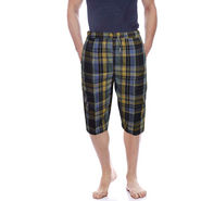 Delhi Seven Cotton Checks Capri For Men_D7Cg019 - Multicolor