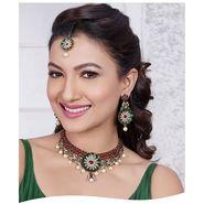 Kriaa Alloy Ethnic Necklace Set With Maang Tikka_2000309 - Green