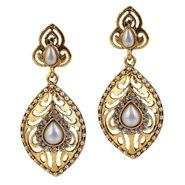 Kriaa Antique Gold Pearl Earrings - White _ 1304921