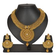 Pourni Stylish Necklace Set_Prnk153 - Golden