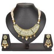 Pourni Stylish Brass Necklace Set_Prnk75 - Golden