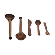 ExclusiveLane Set Of 5 Kitchen Cutlery - Brown