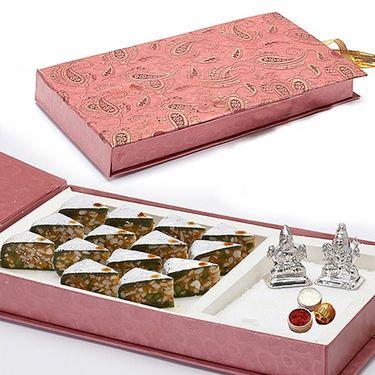 Gift Box with Kaju Pista Dryfruit cake and Idols_DWMB1407
