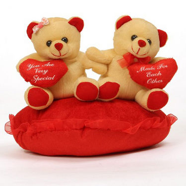 Valentine Stuff Toy Teddy Bear On Heart With Heart