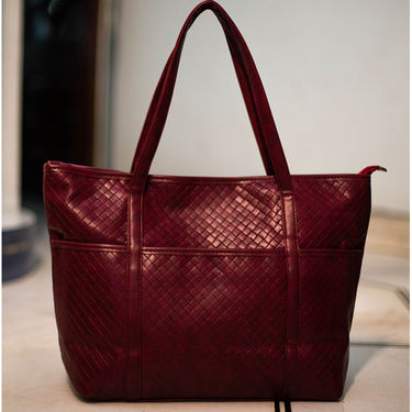Arisha Women Handbag Maroon -Lb282