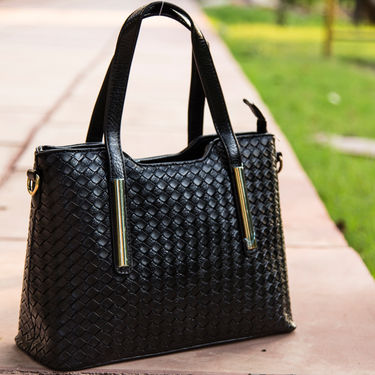Arisha Black Handbag -LB 345