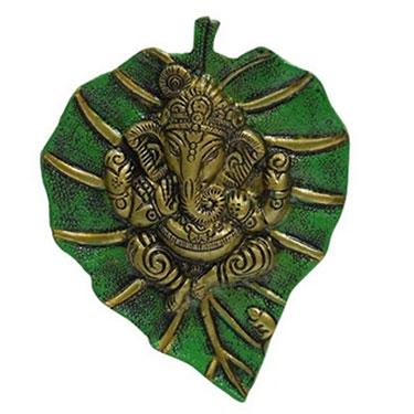 eCraftIndia Lord Ganesha on Green Leaf - Silver & Green