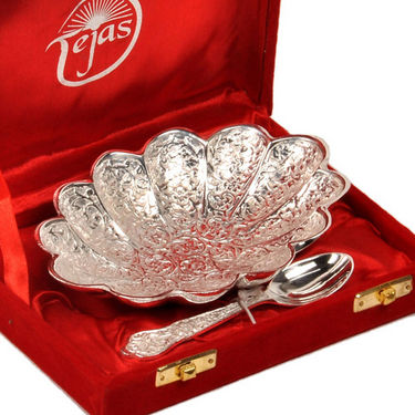 Silver Polish Oval Shape Brass Bowl with Spoon 268