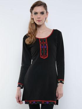 Lavennder Black Solid Woolen Kurti -2635